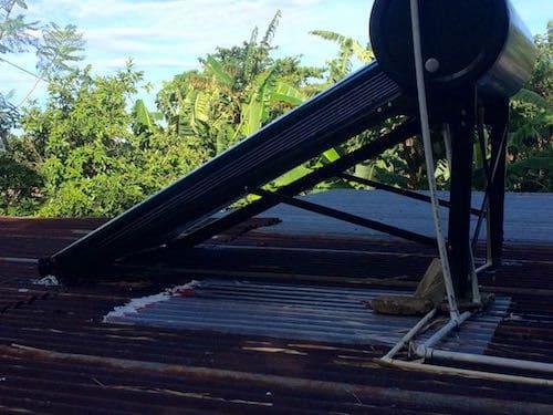 Pana solar water heater