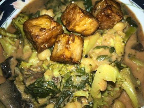 Vegan vegetable garbanzo curry