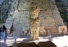 Hieroglyphic stairway, Copan
